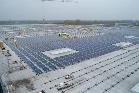 9,000 Solar Panels at Oosterhout